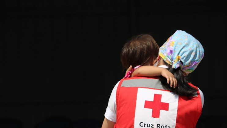 As of 21 November 2020, around 29,977 people received first aid and out-of-care medical attention in the context of the emergency, including 4,854 cases of water, air or land relief and rescue. In addition, the Honduran Red Cross is providing services including psychosocial support, restoring family links, delivery of hygiene and health care kits, WASH and provision of more than 4,000 food rations to families.  Credits: Honduran Red Cross | Natalie Acosta
