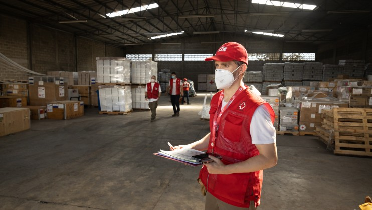 800 tons of humanitarian aid have been dispatched to Nicaragua, Honduras and Guatemala from the Humanitarian Hub in Panama, as well as from PIRAC's (Regional Intervention Platform for the Americas and the Caribbean of the French Red Cross) warehouses in The Caribbean. Emergency Response Units equipped with health care items and facilities, water plants, and telecommunication material have also arrived in the region from Germany and Canada, among other countries.  Credits: Johannes Chinchilla / IFRC