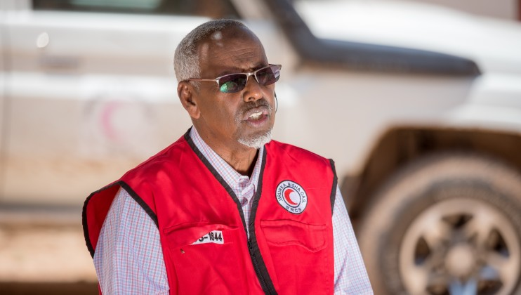 Ahmed Bakal Abdi, SRCS Executive Director   Somaliland, during the interview with the IFRC Media team at the Allaybaday Clinic on 29th June 2021. 1